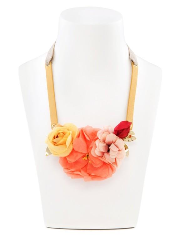 collar-flower-pot-collection-bimba-y-lola-58-euros-primavera-2013-destaca-te