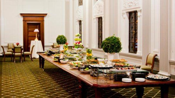 elegant-brisbane-city-wedding_chris-hall-photography-buffet
