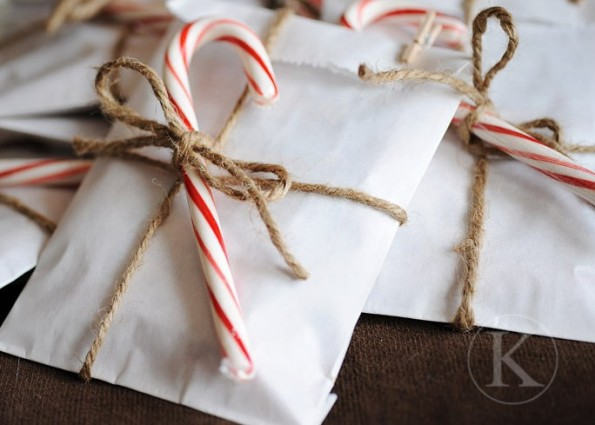 candy-cane-with-gift-wrapping-e1352777675550