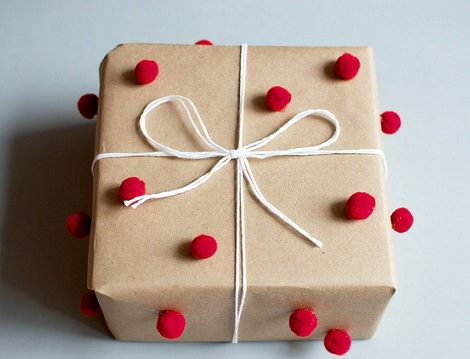 ideas-envolver-regalos-pom-pom